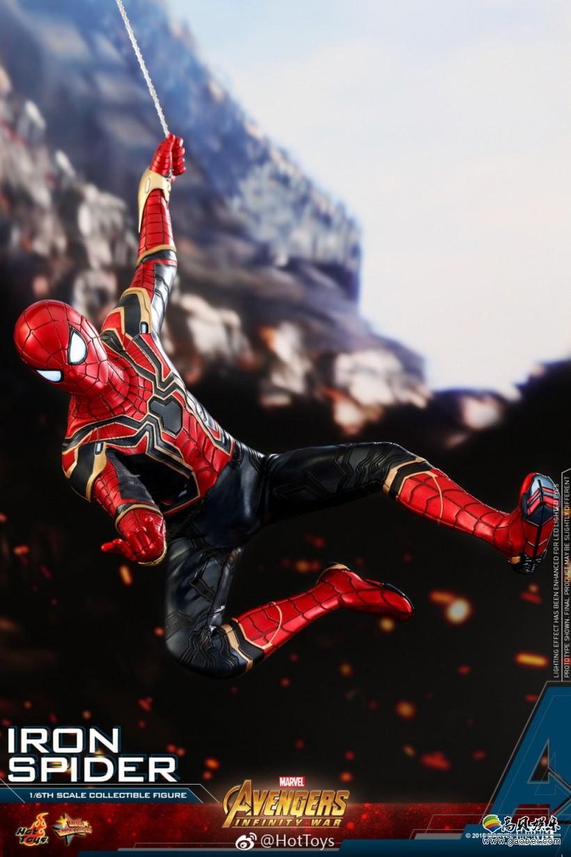 """一个人摆拍造型_Hot Toys《复仇者联盟3》钢铁蜘蛛侠1:6比例人偶:简直是""""帅到没 ..."""