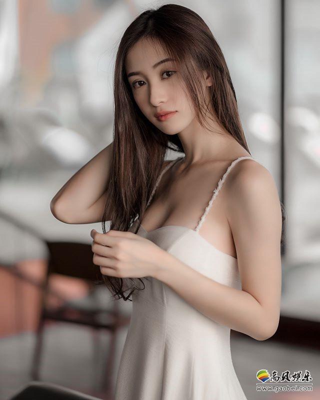 越南正妹网络红人:典型越南美女,皮肤白皙明亮,清纯可爱!小巧气质
